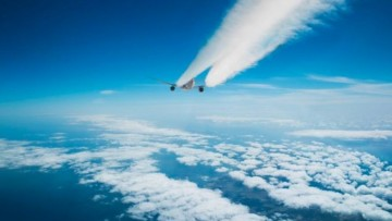 Il trasporto aereo entra nel sistema di scambio di CO2
