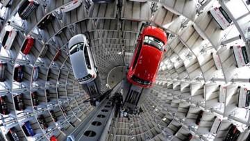Due silos giganti di vetro per ospitare 800 vetture