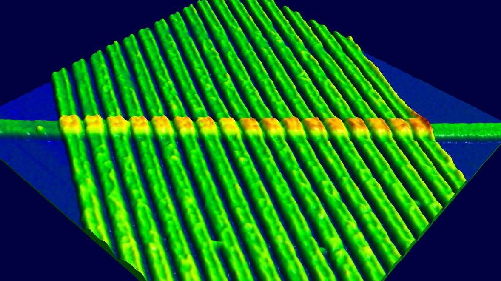 wpid-11593_memristor.jpg