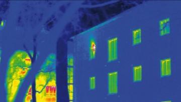 Edilizia italiana sotto la 'lente termografica' di Legambiente