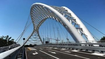 Il Ponte Ostiense e' aperto al traffico