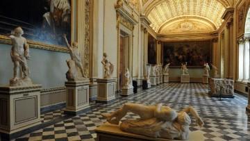 Agli Uffizi di Firenze, il restauro della Sala della Niobe