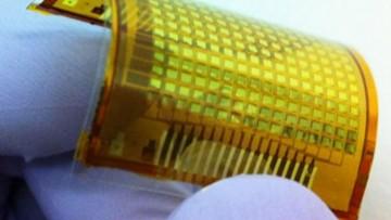 Ecco la 'e-skin', la pelle elettronica che si illumina al tocco
