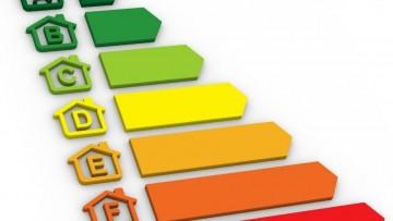 Certificazione energetica degli edifici: ingegneri professionisti esclusi?