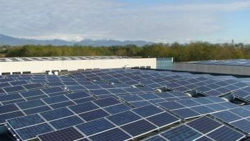 """La corruzione nella green economy: """"bruciati"""" 2,5 milioni di MW rinnovabili"""