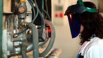 La produzione industriale ancora in perdita, 3% in meno nell'intero 2013