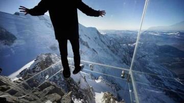 Pas dans le vide: un 'guscio' di vetro sospeso a 3.842 metri