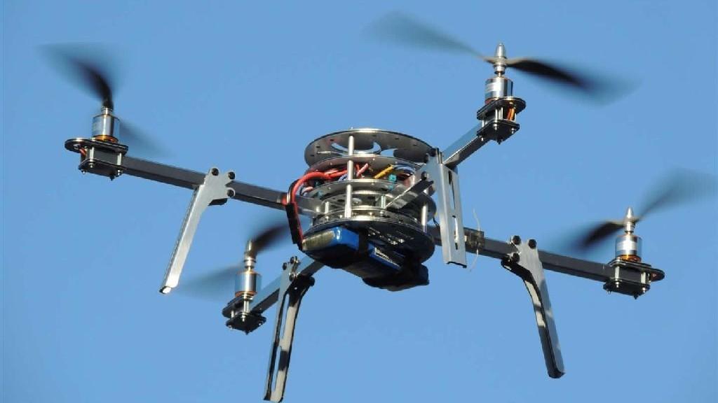 wpid-22457_quadcopterdrone.jpg