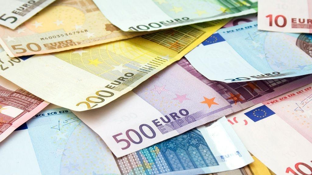 wpid-22740_euros.jpg