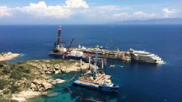 Costa Concordia: a che punto e' la rimozione del relitto?