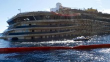 Via libera al trasferimento Concordia e a 8 stati di emergenza