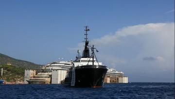 Concordia: la partenza verso Genova slitta a domani