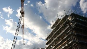 Istat, permessi di costruire in calo