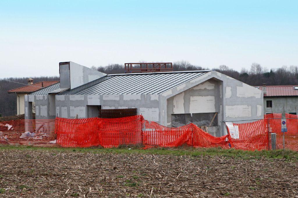 Case autocostruite il caso di un villa in provincia di for Case in vendita provincia di udine