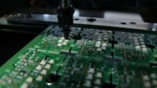 Elettrotecnica ed elettronica: fatturato e ordini crescono grazie all'export
