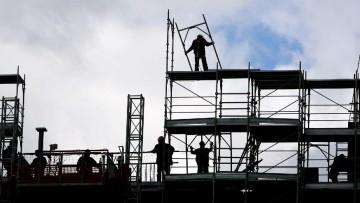 Istat: la produzione nelle costruzioni e' ancora in calo