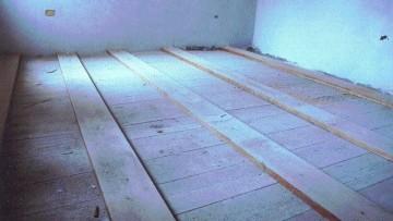 Rinforzo di vecchi solai in legno tramite precompressione