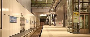 Metropolitana di Berlino: inaugurata la linea dell'unità