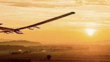 Solar Impulse 2, l'aereo 100% solare, ha iniziato il suo giro del mondo