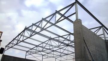 Strutture nel tessuto urbano, progetto e realizzazione di strutture nuove e di interventi sull'esistente