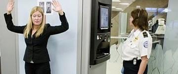 Aereoporti: avvio della sperimentazione con due tipi di body scanner