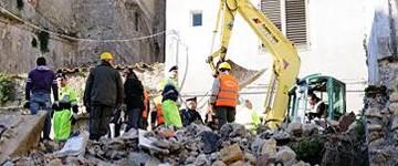 Crollo di Favara: inizia la valutazione dello stato degli edifici