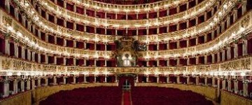 Si alza oggi  il sipario dopo il restauro del teatro San Carlo di Napoli
