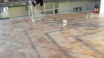 Come ripristinare l'impermeabilizzazione dei terrazzi? La risposta e' Protech Balcony