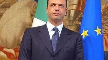Alfano: «Aboliremo la Bersani»