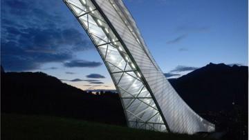 Nuova veste per il trampolino di sci di Garmisch-Partenkirchen