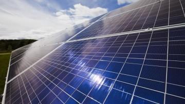 Energia: investiti 243 miliardi nelle tecnologie green