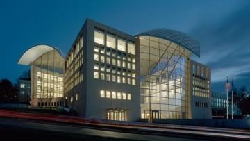 Moshe Safdie completa l'Institute of Peace degli Stati Uniti
