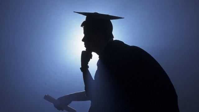 Laureati in ingegneria in aumento, ma cresce l'abbandono universitario