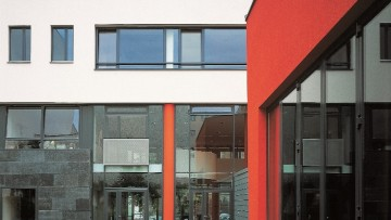 Sistemi per serramenti in acciaio: Jansen Janisol Hi