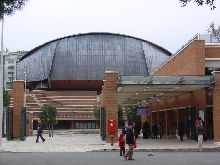 L'involucro in piombo dell'Auditorium Parco della Musica di Roma (Renzo Piano, 2002)