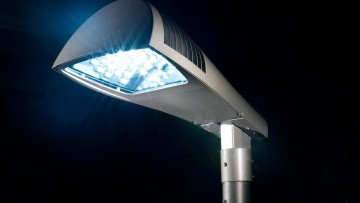 Illuminazione pubblica esterna: la nuova legge della Lombardia