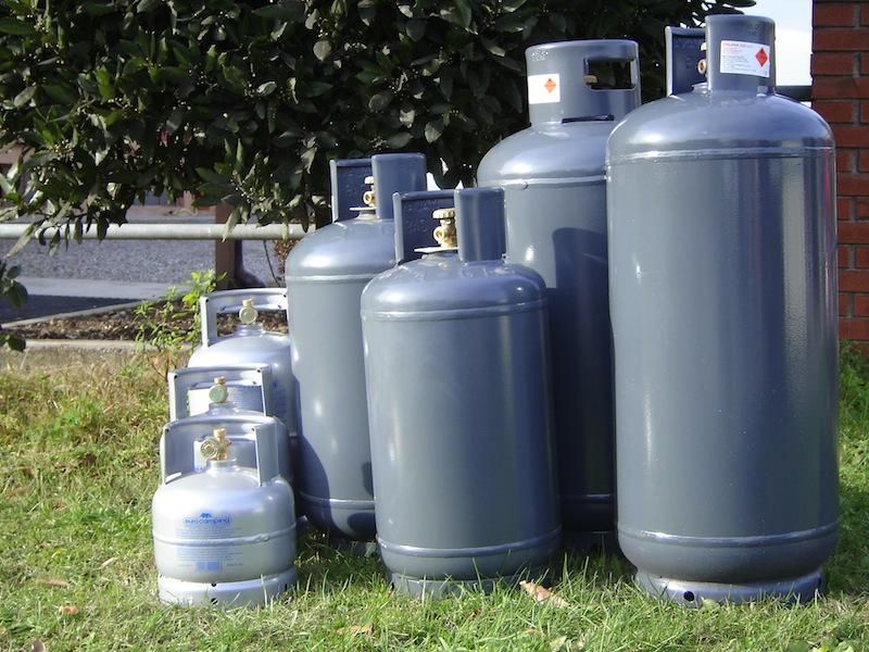 Gas combustibili in aumento gli incidenti per uso scorretto delle bombole - Bombole gas per cucina ...