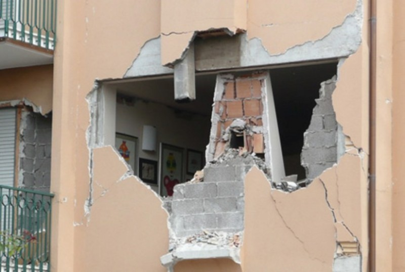 crollo_terremoto