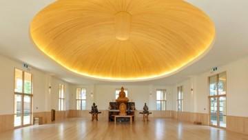 La cupola in legno di acero americano per il tempio buddista di Auckland