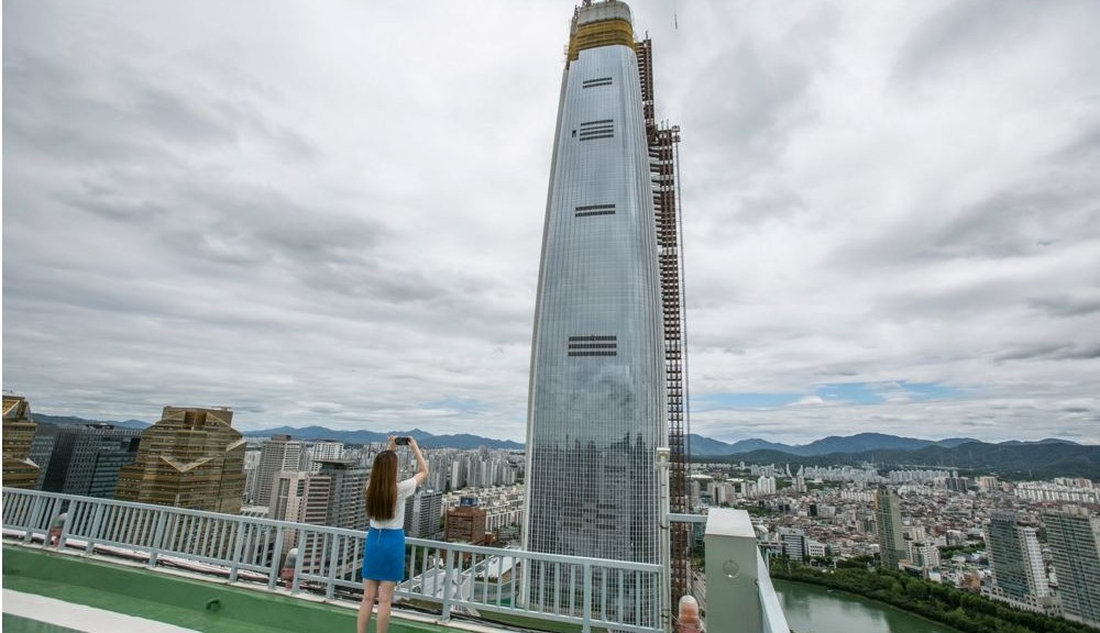 Lotte World Tower - courtesy of Jean Chung