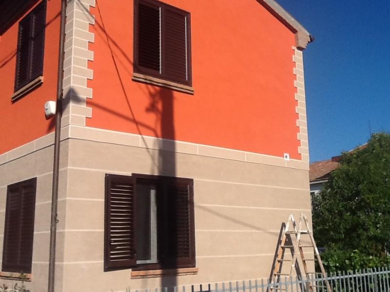 Finiture per facciate stone cap di settef per la - Colori facciate case ...
