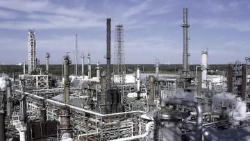 Industria chimica, la ripresa è condizionata dall'incertezza globale