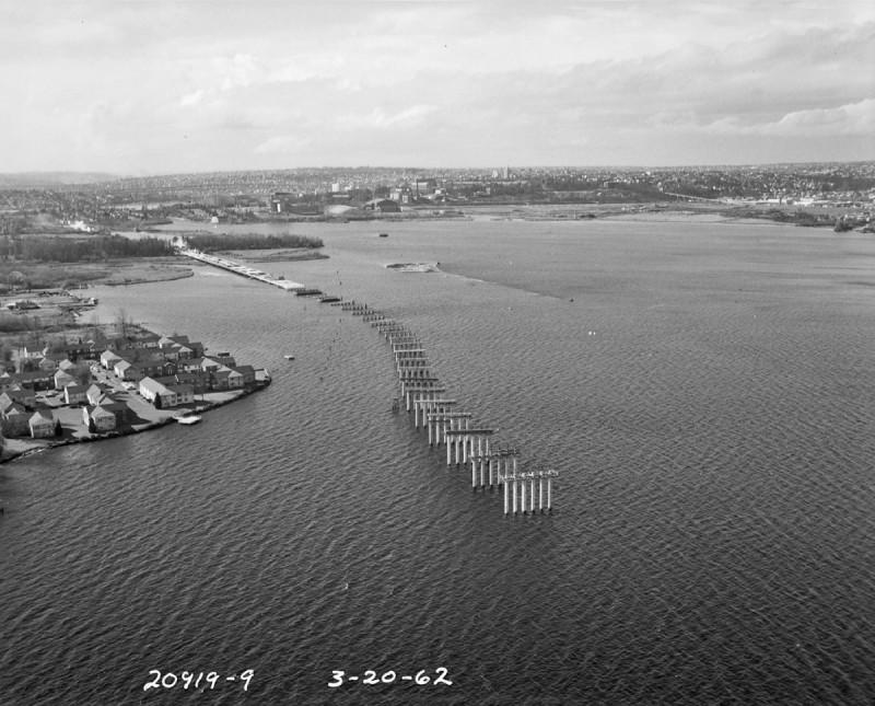Lavori di costruzione del 520 Floating Bridge nel 1962 – © Washington State Department of Transportation