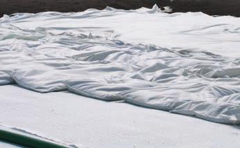 Paoli e Mazzola 5_FIG 2_Sacchi di igroperlite per la falda artificiale del verde pensile (Foto Archivio Studio Tecnogreen)