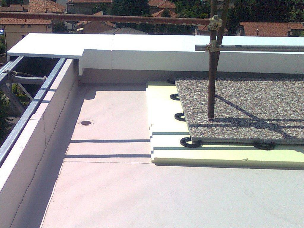 Coperture piane: i vantaggi del tetto rovescio | Ingegneri.info