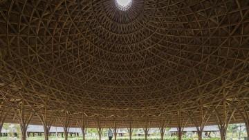 Le straordinarie cupole in bambù e paglia di un centro polifunzionale in Vietnam