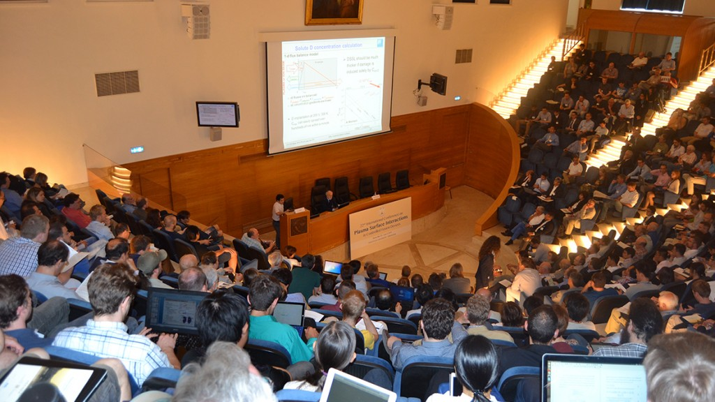 International Conference on Plasma Surface Interactions (Roma, 30 maggio - 3 giugno 2016)