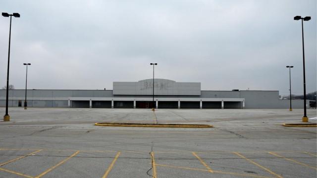 Randall Park Mall - Cleveland, OH - USA - ©Neal Rantoul