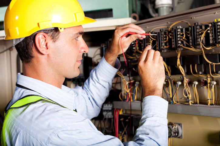 ingegnere_elettrico
