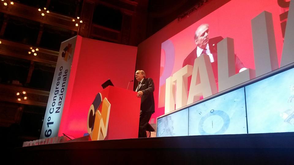 Armando Zambrano durante il suo intervento in apertura del 61esimo Congresso nazionale ingegneri